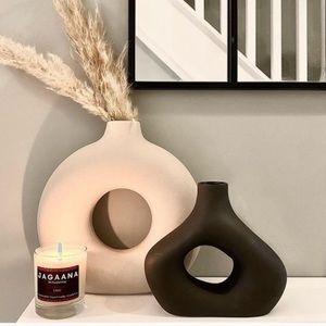 New H&M Black Donut Vase